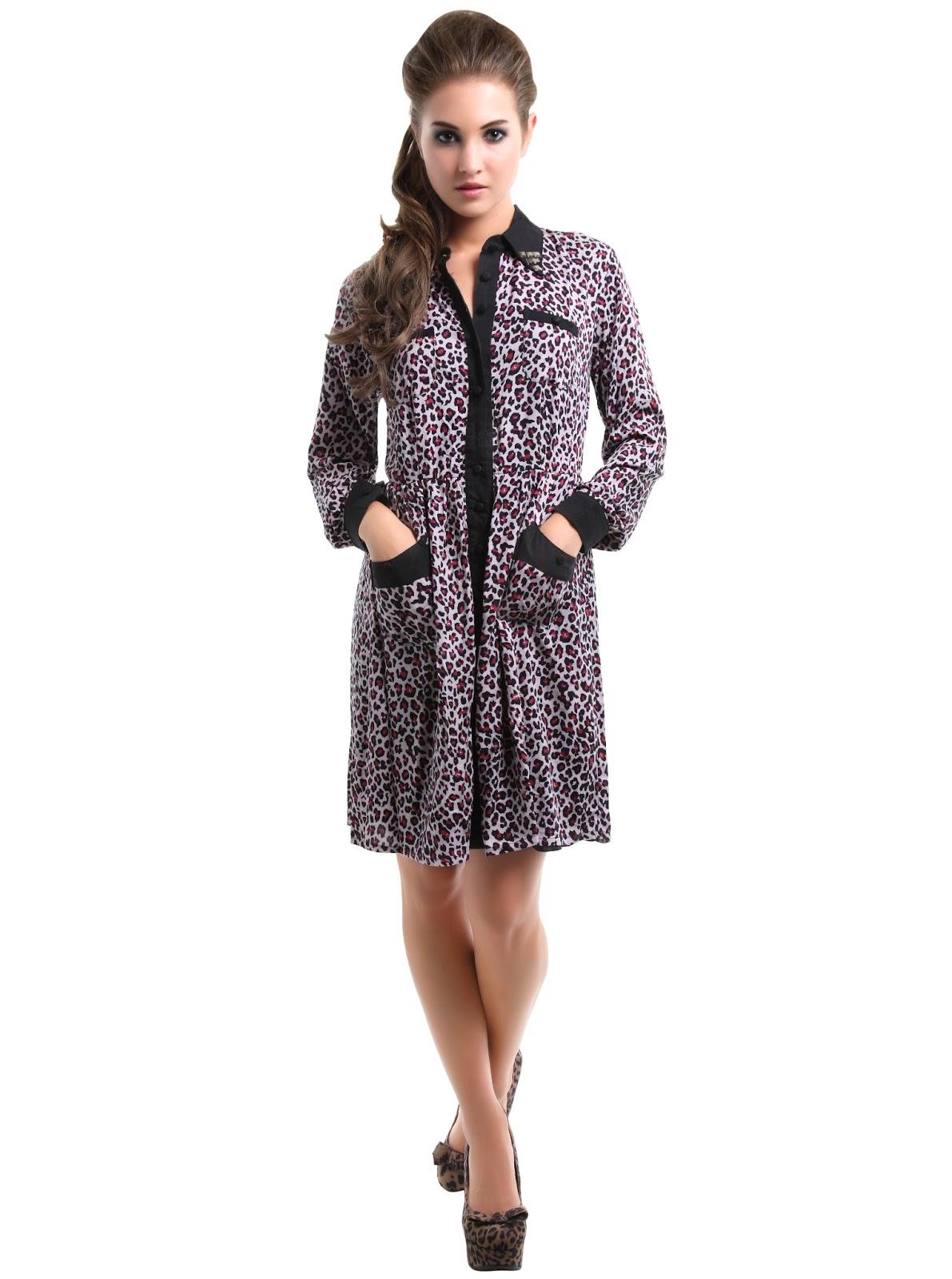 Scopri la nuova collezione di abbigliamento e accessori donna Terranova: sfoglia il catalogo e acquista abiti, jeans, vestiti, top, leggings per essere sempre bella e alla moda.
